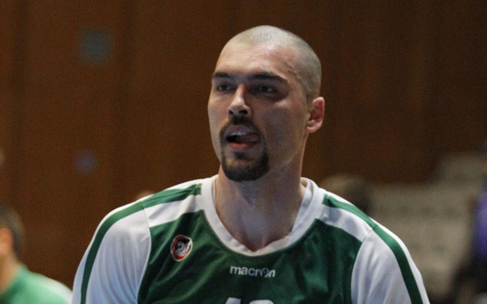 СНИМКИ: Гларуса и Олимпия се справиха с Левски