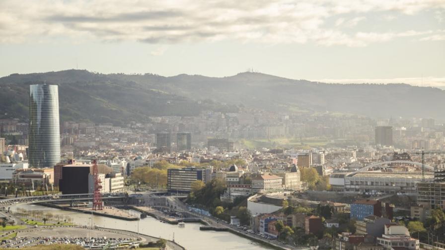 Със скейтборд в Билбао (видео)