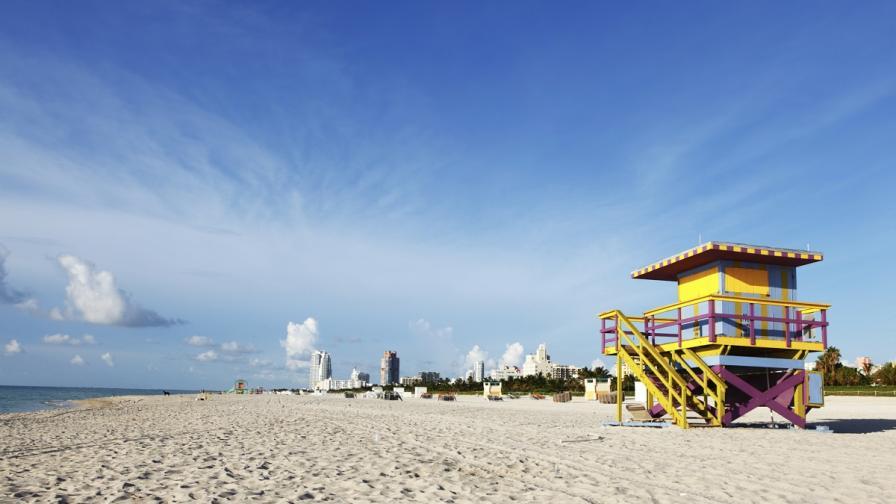 В Маями бийч пазят кожата на плажуващите безплатно