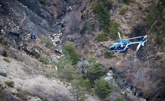 АП: Няколко възможни причини за самолетната катастрофа във Франция