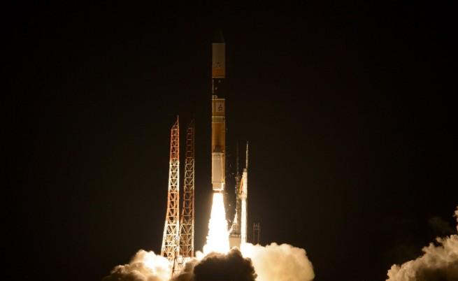 Facebook загуби сателит за 200 млн. долара заради SpaceX