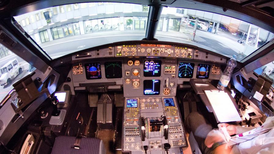 Пилотски самоубийства при полети не липсват в авиацията