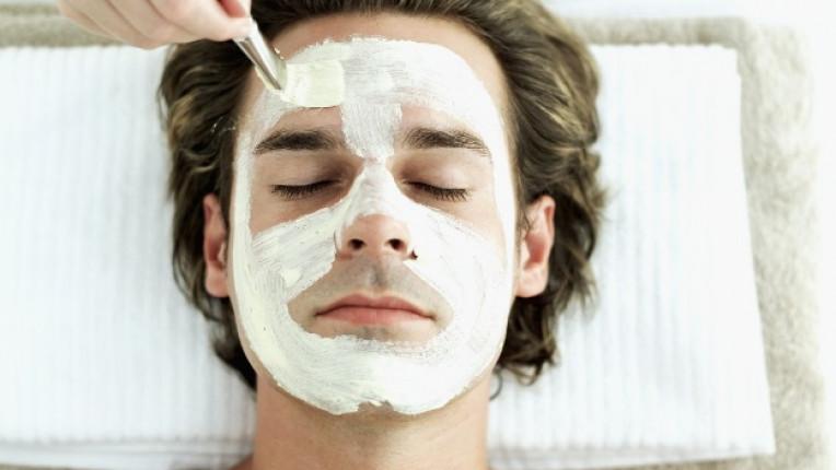 мъж маска козметика