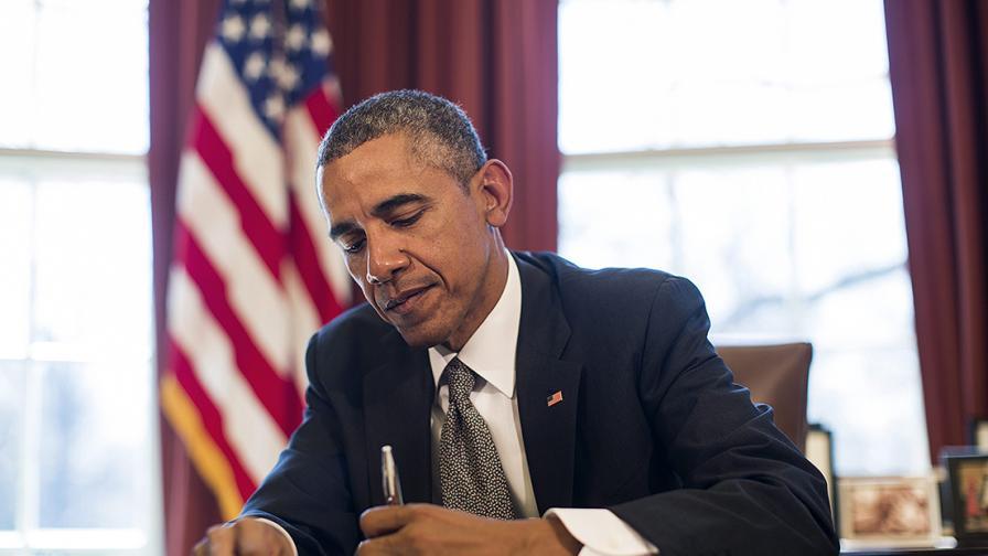 Обама подписа указ, разрешаващ санкции срещу местни и уждестранни лица и групи, участващи в кибератаки