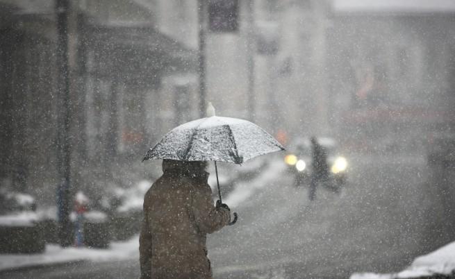 Сняг в София и Перник, ще вали в цяла Западна България