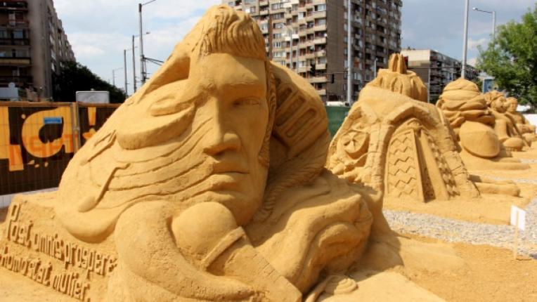 пясък фестивал фигури изложба