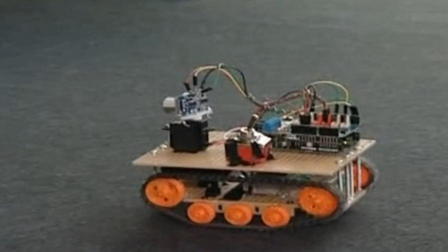 Ученици създадоха робот, който спасява хора при бедствия и аварии