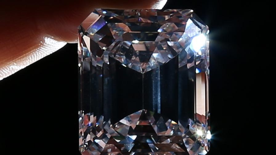 100-каратовият диамант, продаден на търг