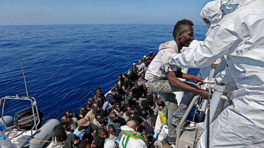 Опасения за десетки загинали при нова трагедия с имигранти