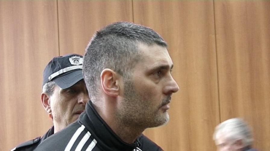 Драгомир Драгомиров по време на заседанието на съда