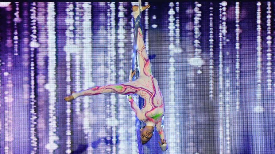 Петко прави акробатика на 5 метра без предпазно въже