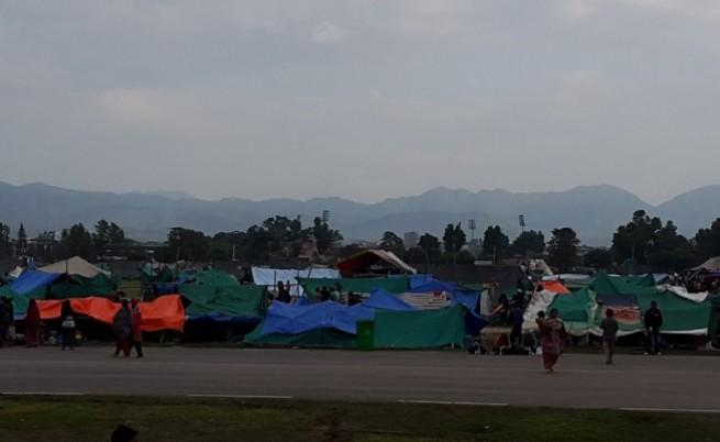 Каква е ситуацията в Непал след ужасяващия трус (видео)