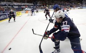 Финландия и Русия ще играят на полуфиналите световното по хокей
