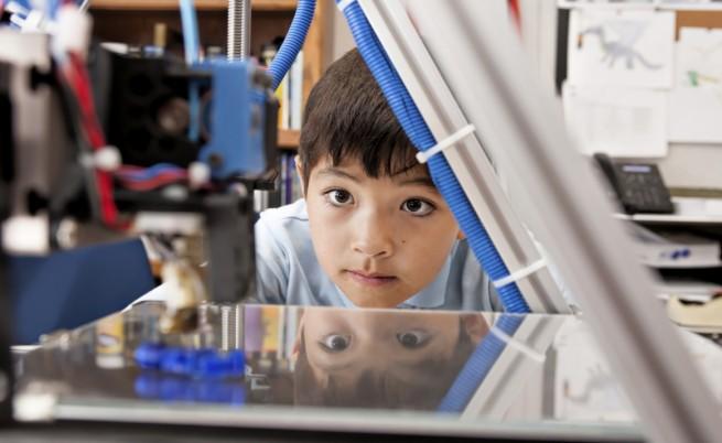 3D принтер влиза в часовете в столично училище