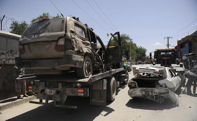 Няма пострадали български военнослужещи при атентата в Кабул