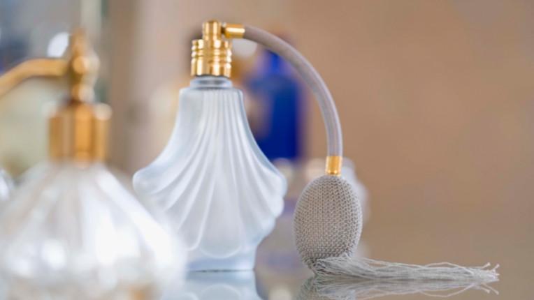 парфюм ухание аромат мирис козметика