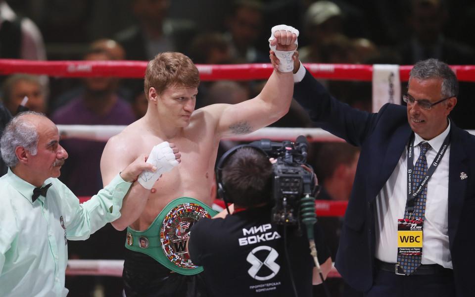 Поветкин с победа при завръщането си на ринга