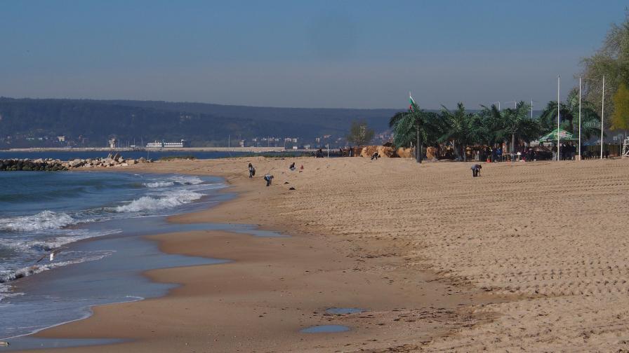 Три от българските плажове са с опасно мръсна вода