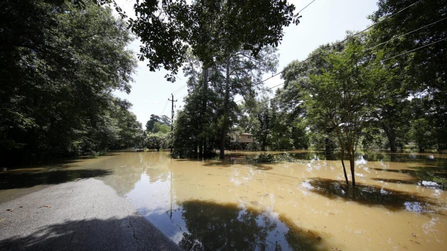 Жертвите от наводненията в Тексас и Оклахома се увеличават