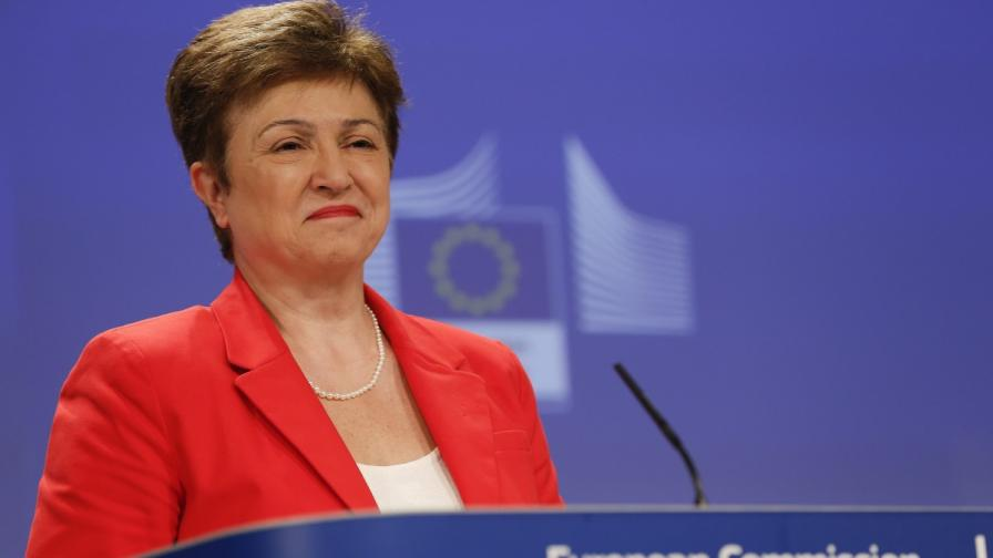 За 6 месеца България е усвоила над 70% от еврофондовете