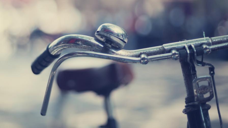 Франция: Ретро фестивал на велосипеда