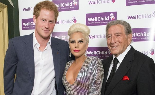 """Лейди Гага, Тони Бенет и принц Хари, който е в топ 10 на класацията на """"Венити феър"""" за най-добре облечени мъже"""