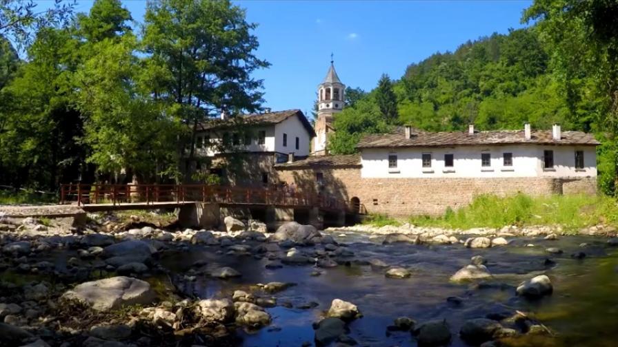 Природна приказка край Дряновския манастир (видео)