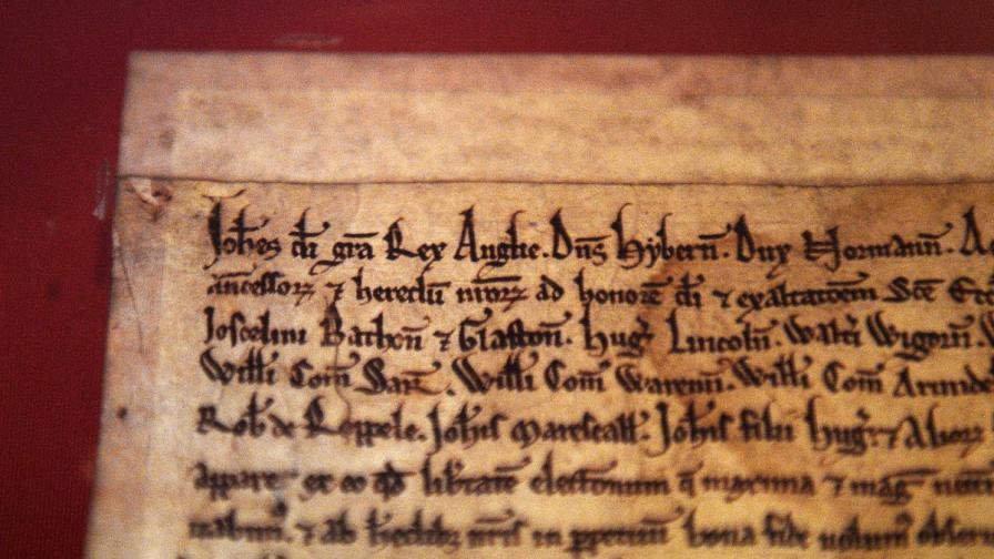Преди 800 г. един крал призна, че никой не е над закона