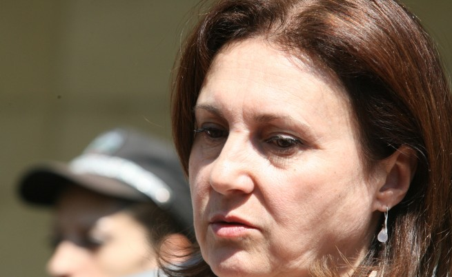 Бъчварова: Не трябва България да помага с пари на Гърция