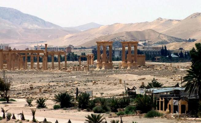ИД разруши две древни ислямски гробници в античния град Палмира в Сирия