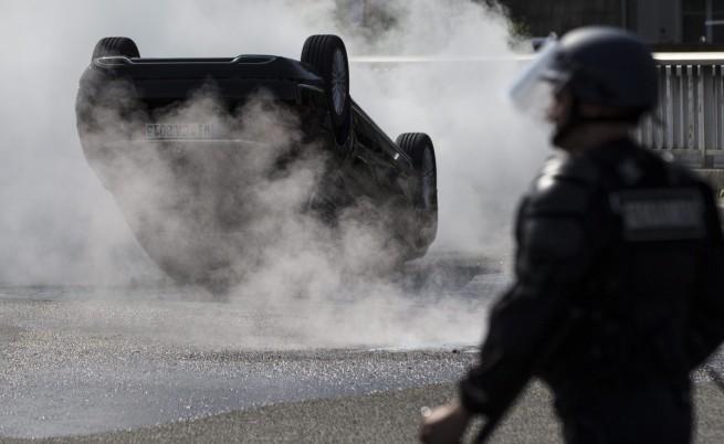 """Френският вътрешен министър: """"ЮберПоп"""" трябва да бъде закрита"""