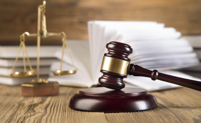 Руската прокуратура иска 23 г. затвор за режисьорa Олег Сенцов