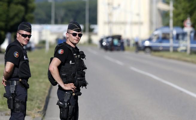 Експерт: Засега не сме приоритет на ИД, само транзитна държава