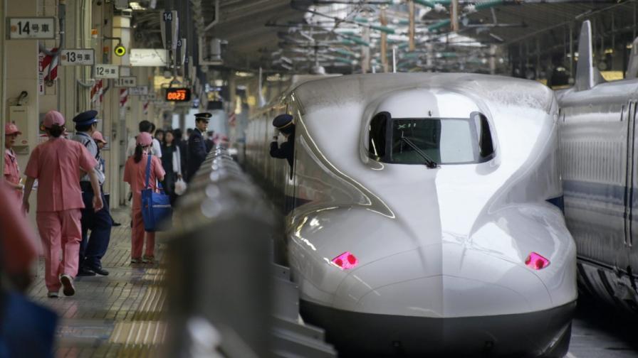 Японският влак стрела (шинкансен)