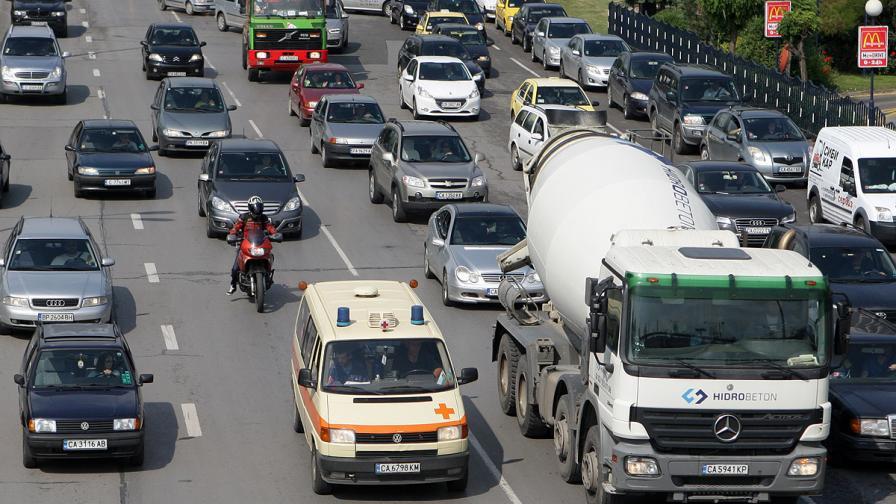 Пътна полиция: Шофьорите да планират навреме своето завръщане