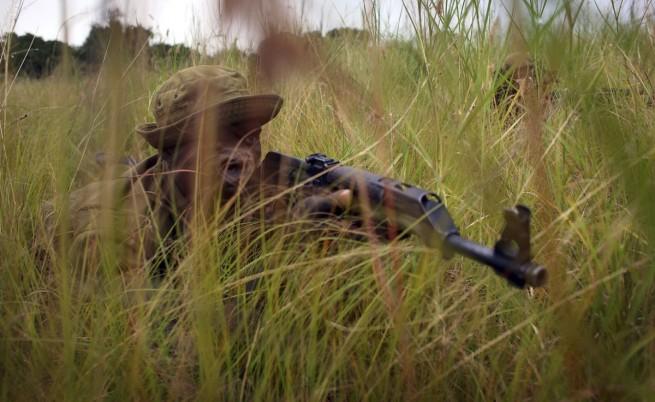 Рейнджър от Конго по време на патрул