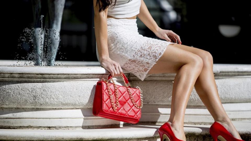 Правилният начин да носите дамска чанта