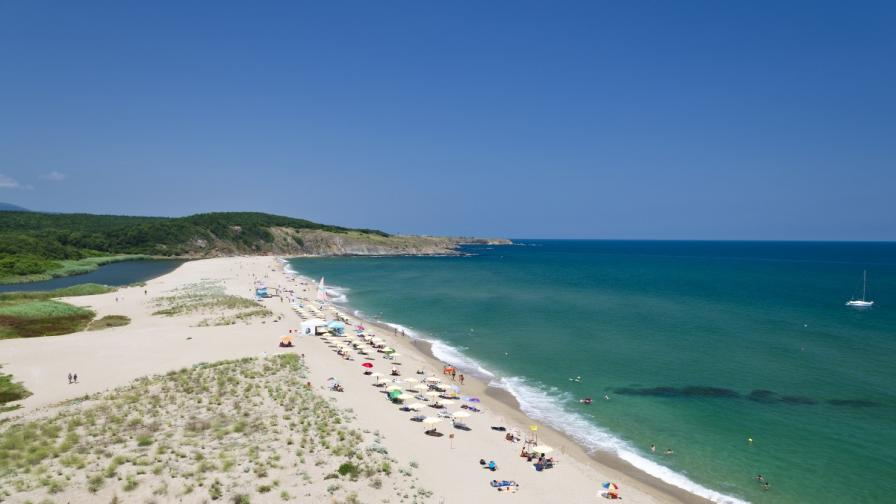 Приказното крайбрежие на Синеморец, заснето с дрон