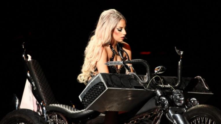 Лейди Гага концерт Арена Армеец София лайф