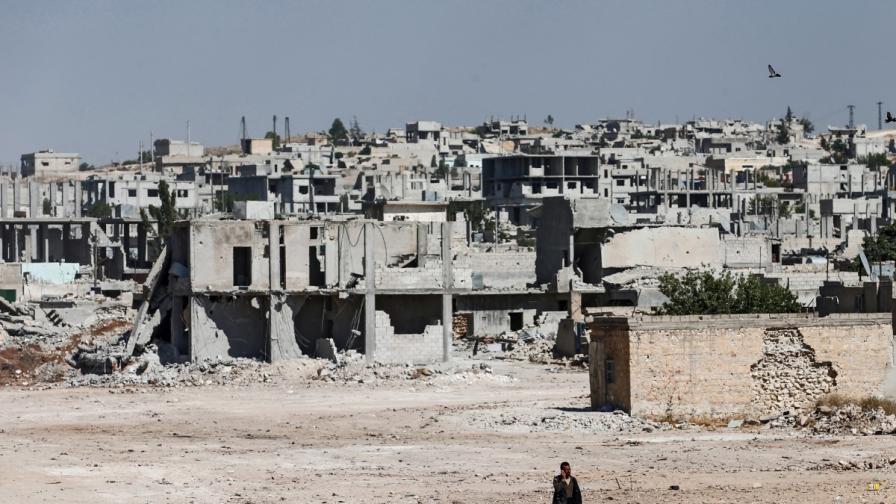 Разрушения в сирийския град Кобане, който се намира близо до границата с Турция