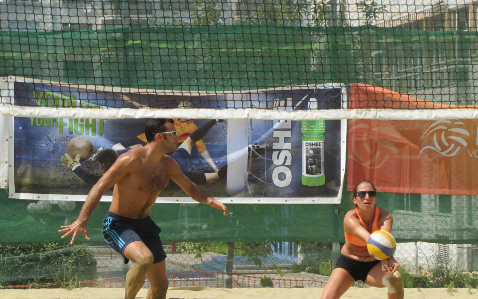 Драмлийска и Трайков спечелиха турнир за смесени двойки