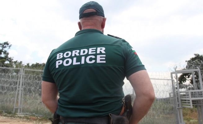 Доклад: Мигрантите са подложени на рекет и бой в България