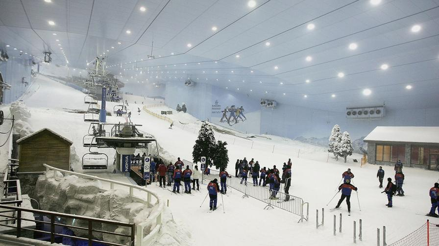 Дубай ще прави най-големия закрит ски курорт в света