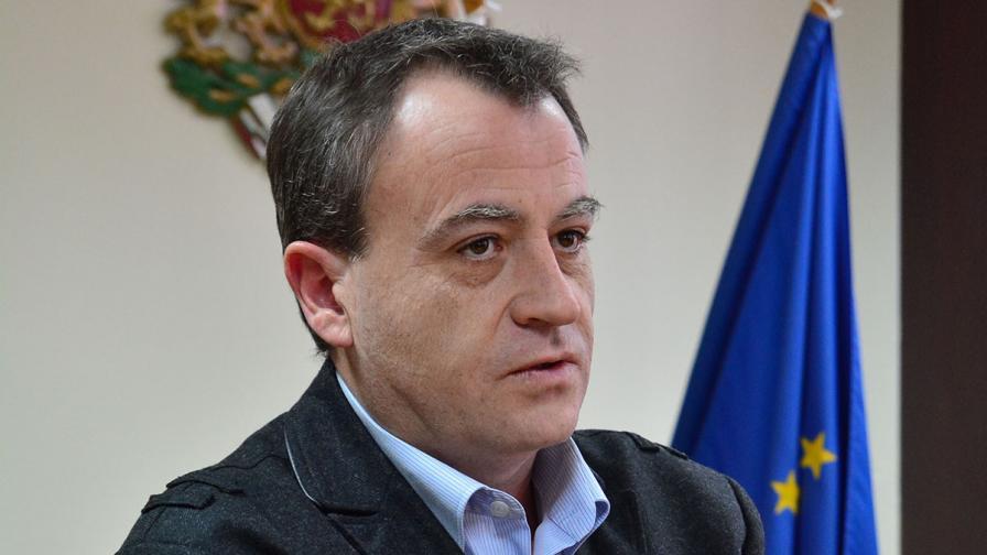 Петър Василев