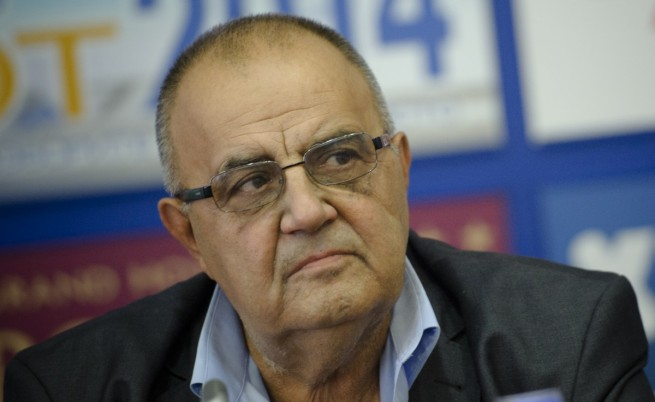 Подписка настоява за пенсионирането на Божидар Димитров