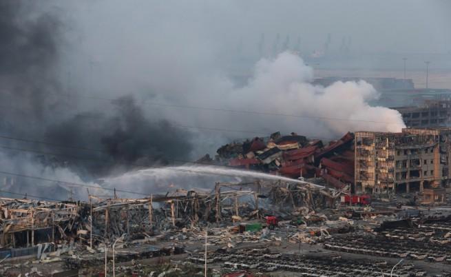 Апокалиптични картини след взривовете в Тиендзин (видео)