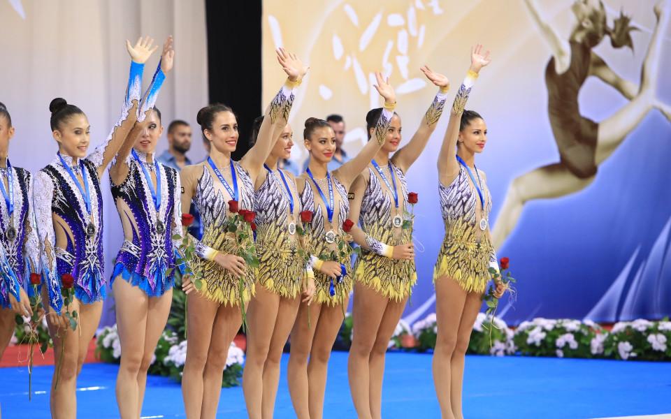 Злато! Страхотният ансамбъл разби рускините в Москва