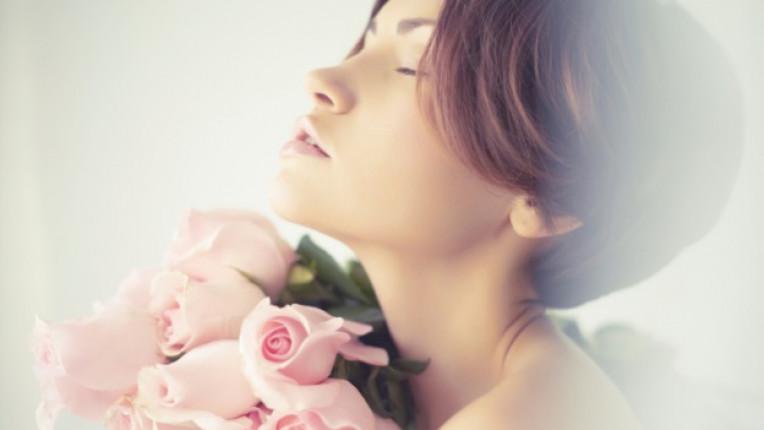 жена рози аромат