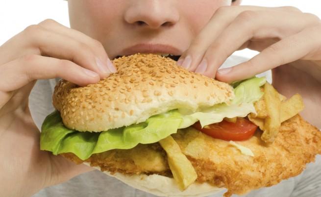 Пиещите диетични напитки се хранят по-нездравословно