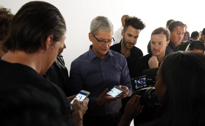 Най-търсеният iPhone 6s е в златисто-розов цвят